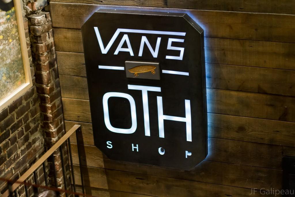 VANSXOTH_0004