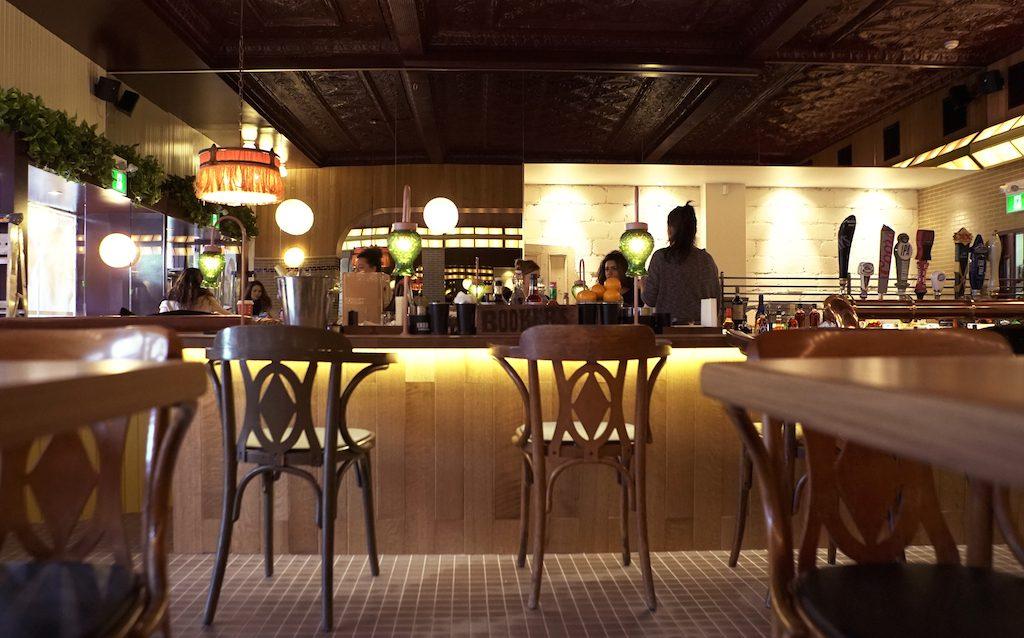 Le Boucan - Bar from podium