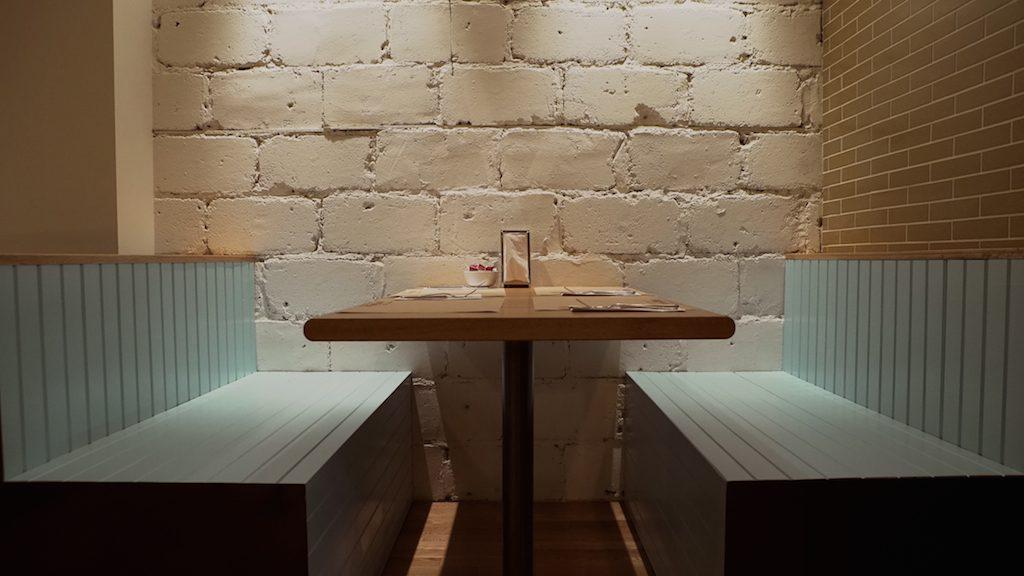 Le Boucan - Booth table2